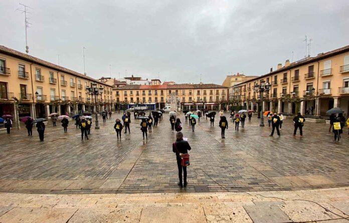 Concentración peluquerías Plaza Mayor de Palencia 20-01-2021