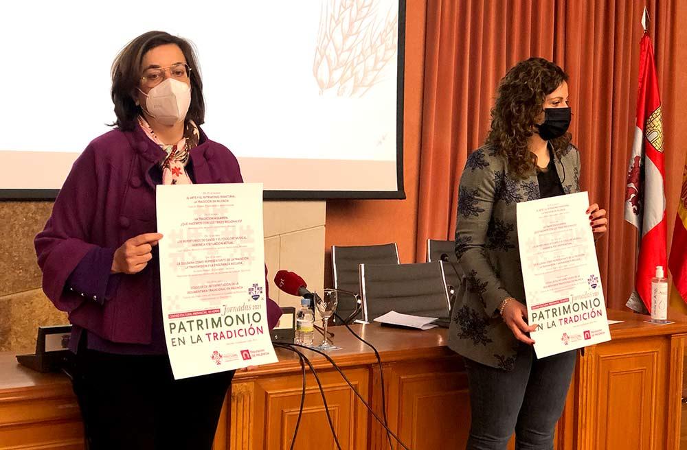 Ángeles Armisén y Carolina Valbuena presentan las Jornadas 'Patrimonio en la Tradición' en el Centro Cultural Provincial