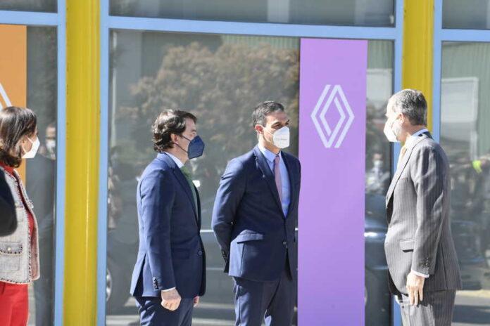 Visita Renault Villamuriel Palencia Felipe VI y Pedro Sánchez, Fernández Mañueco