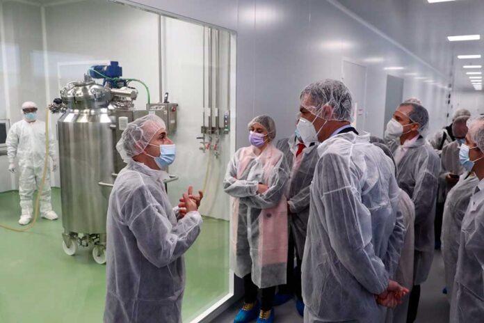 visita pedro sanchez centro produccion vacunas