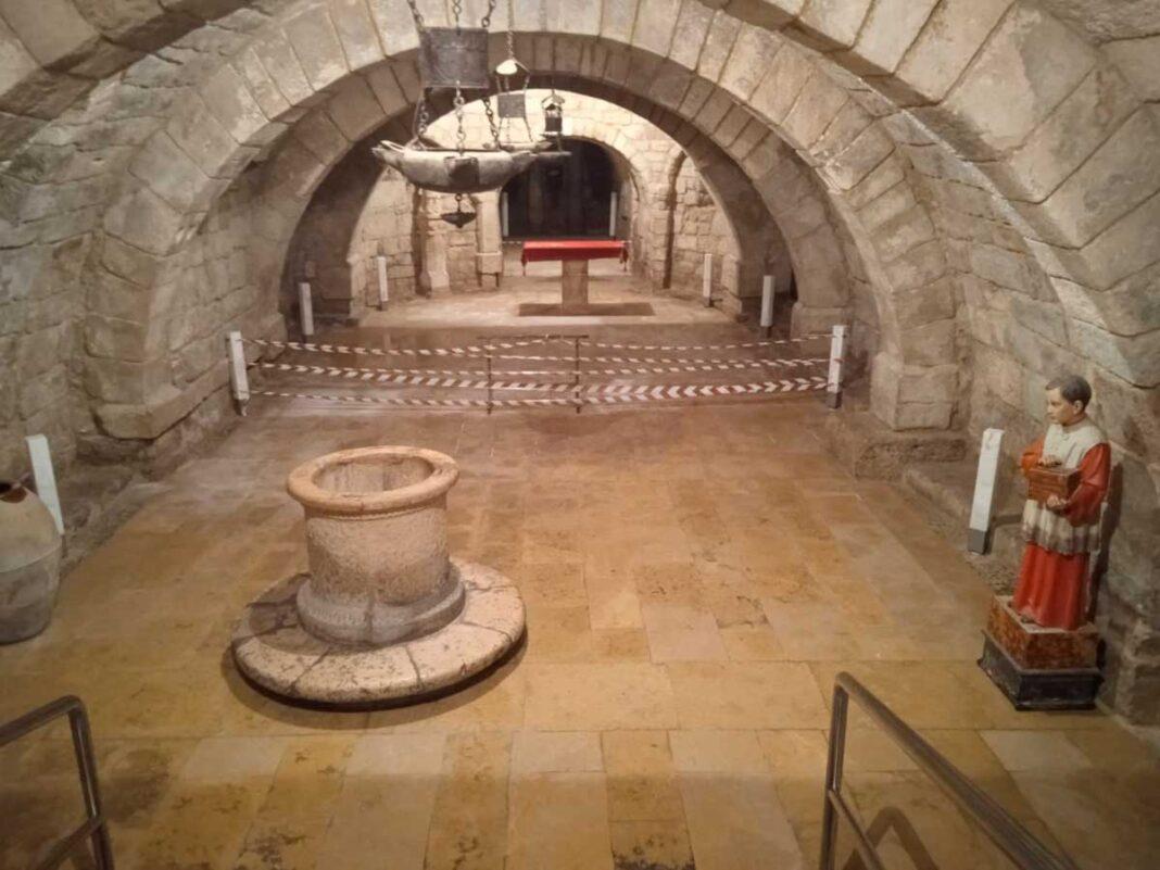 humedades en la cripta de San Antolín en vísperas del 2 de septiembre Palencia